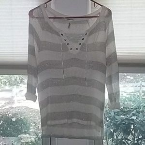 3/4 sleeve Aeropostale lace up high low shirt